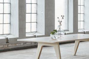 MATERIA Sumo conf table interior 2